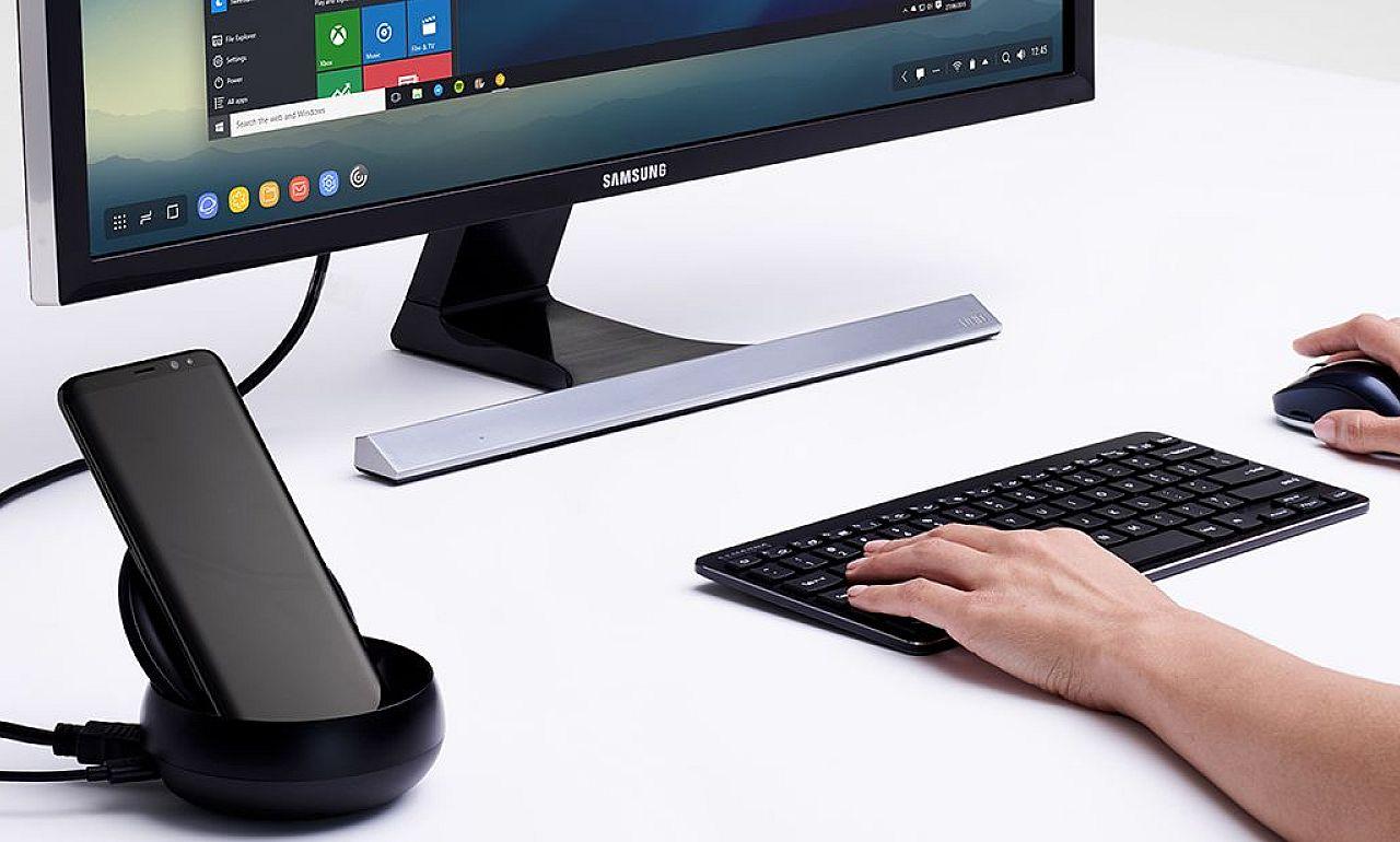 Asztali gépet csinál a mobilból a Samsung új DeX dokkolója - PC Fórum d0b2665d3d
